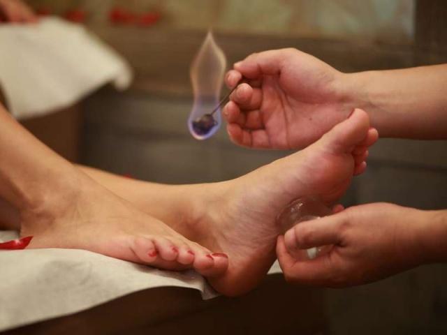 Вакуумный массаж ступней