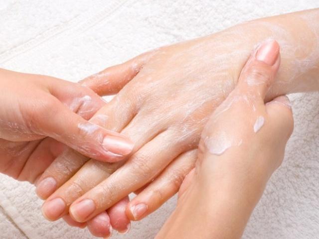 Восстановление кожи рук